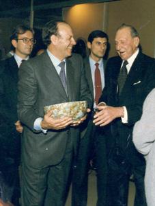 Lorenzo Martínez Calvo, en animada charla con S.A.R. Don Juan de Borbón, Conde de Barcelona
