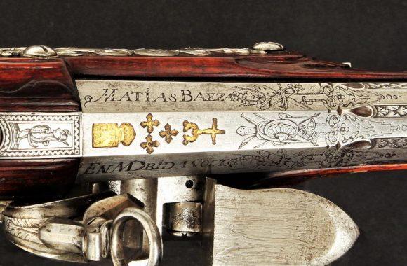Pistola de pedernal del armero Matías Baeza. Detalle de la recámara